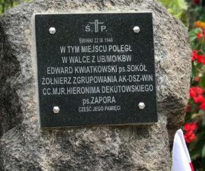 Odsłonięcie pomnika upamiętniającego potyczkę w Świnkach